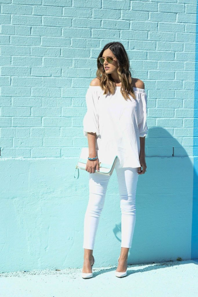 style the girl white look