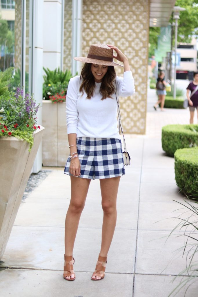 gingham shorts, how to wear gingham
