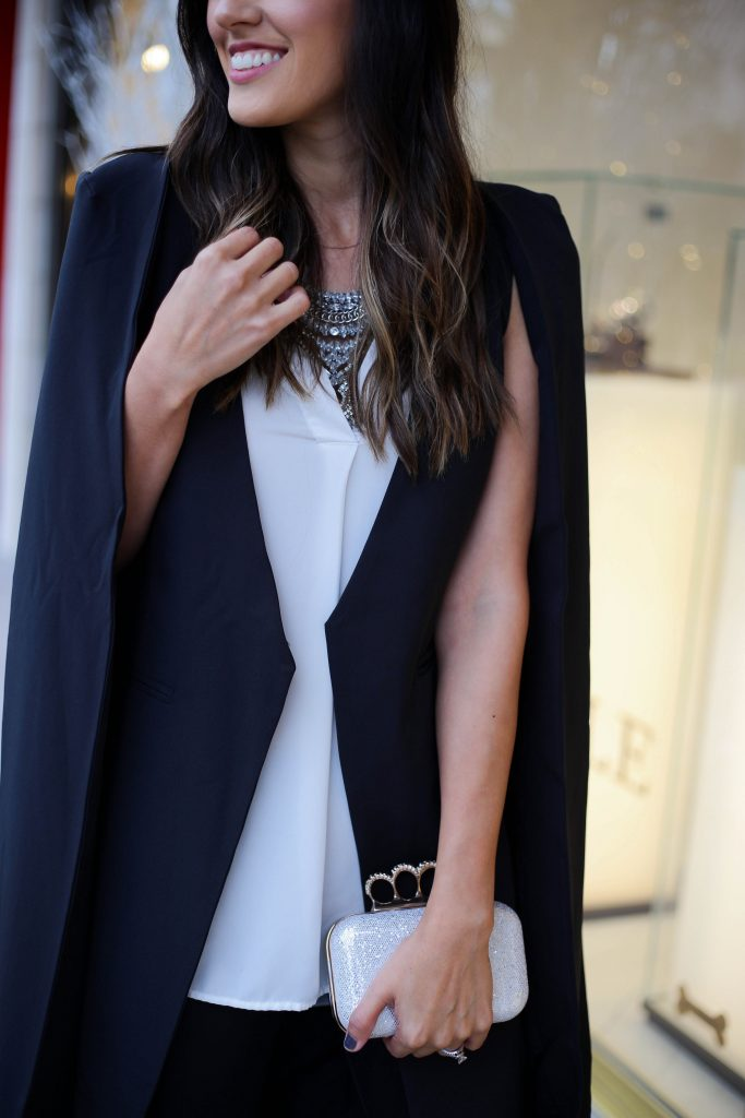 Style The Girl Black Cape