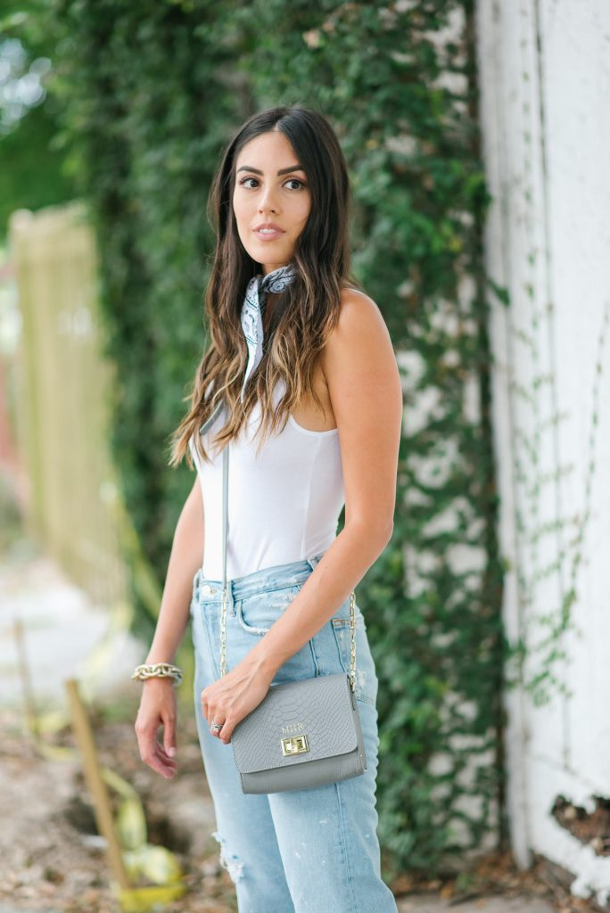 Style The Girl Ripped Mom Jean Look